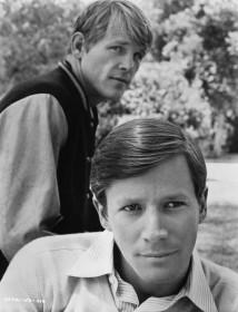 1976_television_rich_man_poor_man_cast01