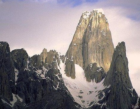 amazing_cliffs_1b